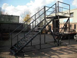 mobile container steps for upper level access wider tread 053