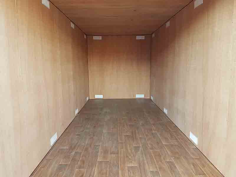 20ft container lined in ply and fitted with additional vents and vinyl overlay