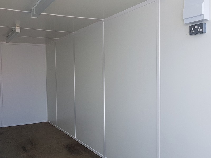 20ft container with internal wall panels lined