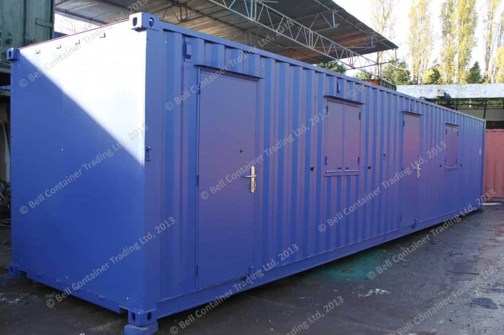 40ft storage container changing room conversion