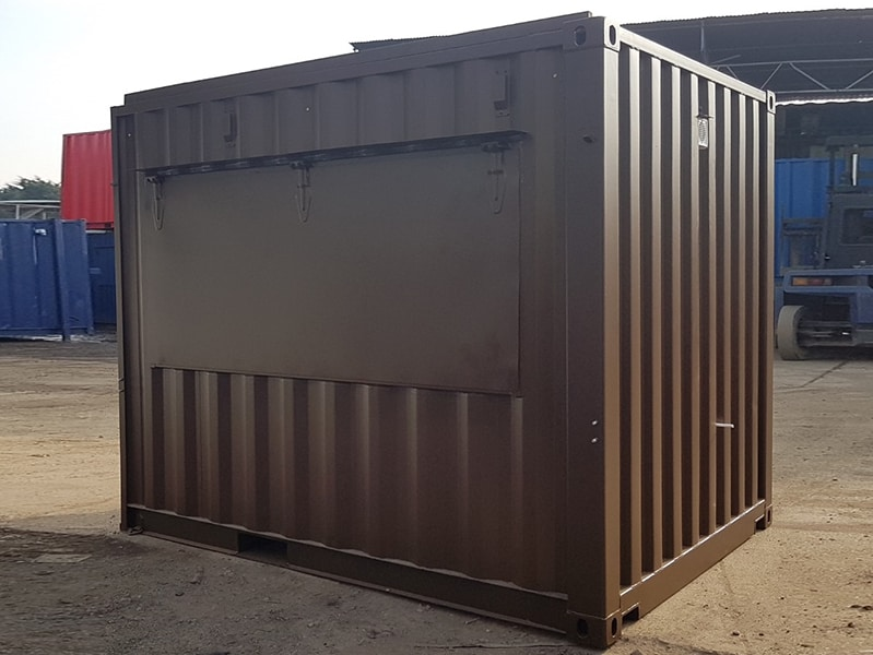 container coffee shop with serving hatch on hydraulics