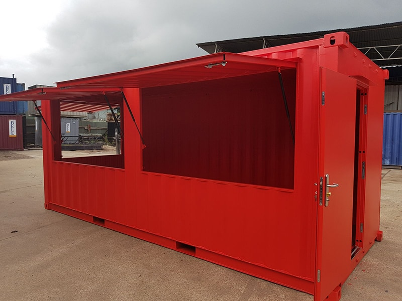 container serving hatches open gas struts and hydraulic system